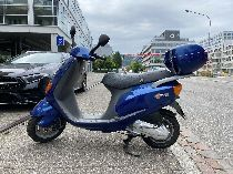 Motorrad kaufen Occasion PIAGGIO Sfera 125 (roller)