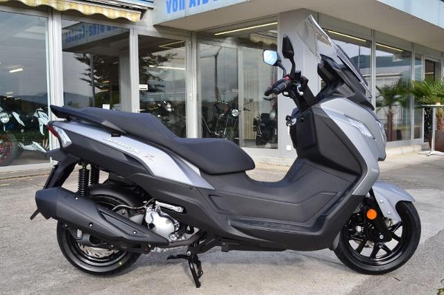 Motorrad kaufen SYM Joymax Z 300 ABS / 60 Monate Garantie Neufahrzeug