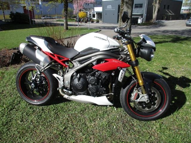 Motorrad kaufen TRIUMPH Speed Triple 1050 S ABS Vorjahresmodell
