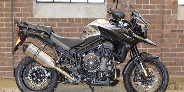 Motorrad kaufen TRIUMPH Tiger 1200 XR Desert Edition Neufahrzeug