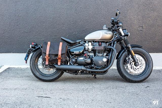 Motorrad kaufen TRIUMPH Bonneville 1200 Bobber Black Vorführmodell