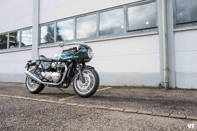 Motorrad kaufen TRIUMPH Thruxton 1200 R ABS M91 Racing Spezial Neufahrzeug
