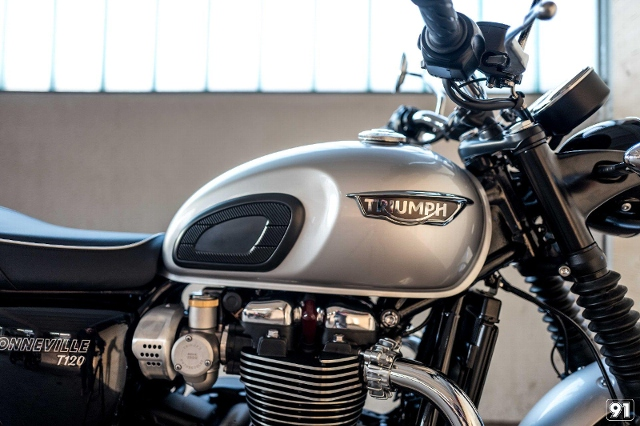 Motorrad kaufen TRIUMPH Bonneville T120 1200 ABS Neufahrzeug