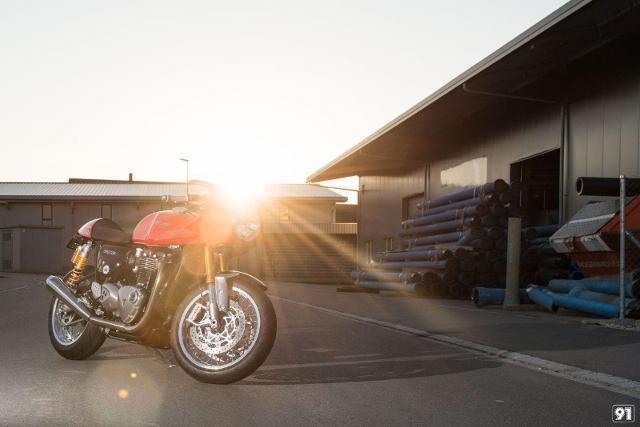 Motorrad kaufen TRIUMPH Thruxton 1200 R ABS 91-OSR Neufahrzeug
