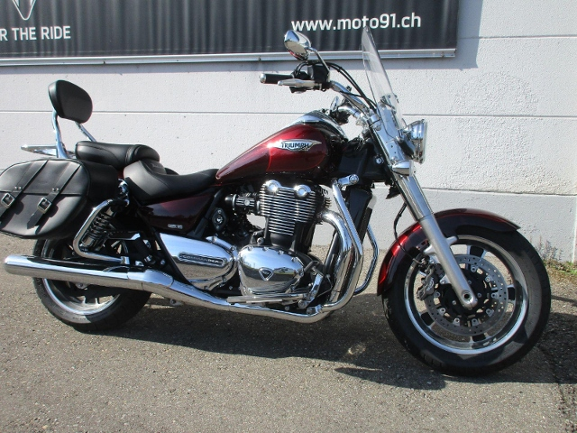 Motorrad kaufen TRIUMPH Thunderbird 1700 ABS Commander Occasion
