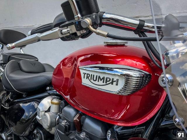 Motorrad kaufen TRIUMPH Bonneville 1200 Speedmaster mit Highway Kit Neufahrzeug