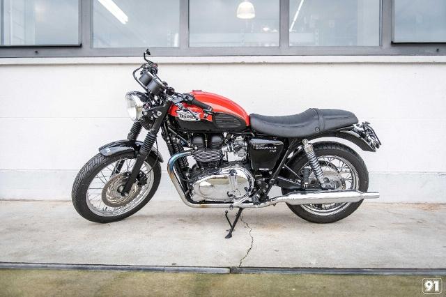 Acheter une moto TRIUMPH Bonneville 900 T100 Occasions
