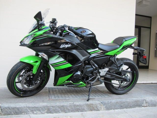 Buy Motorbike Demonstration Model Kawasaki Ninja 650 Abs Krt Blum