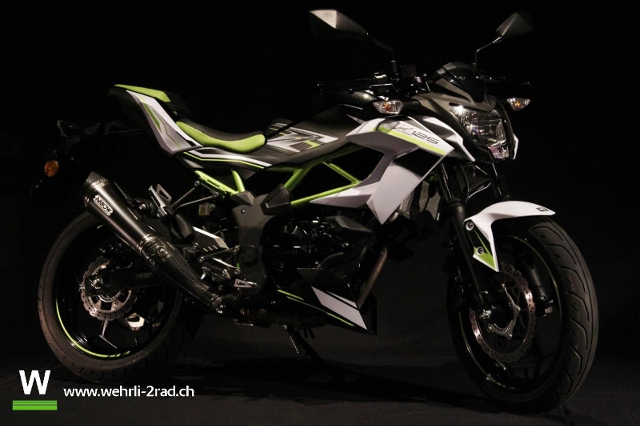 Acheter une moto KAWASAKI Z 125 Démonstration