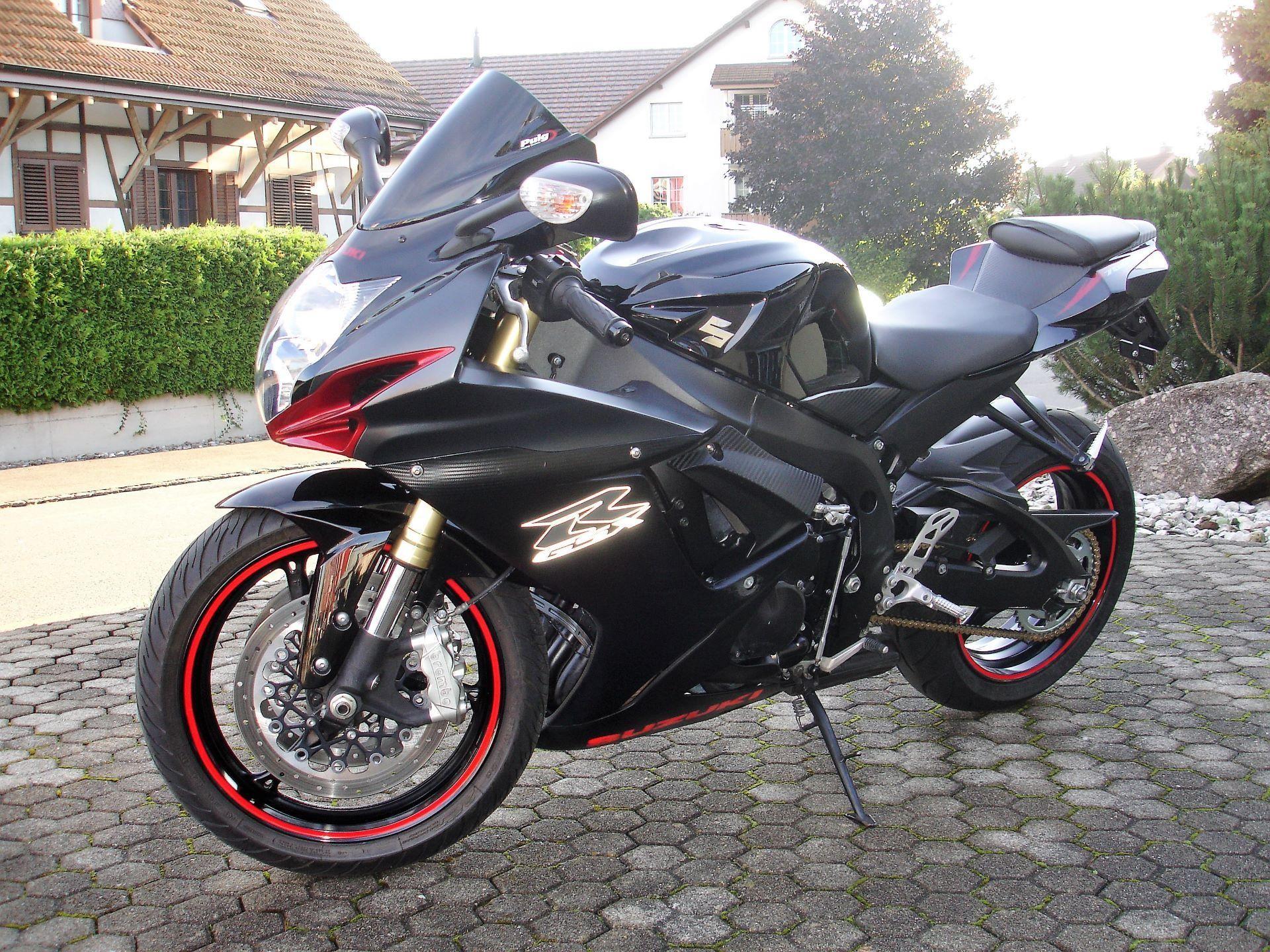 motorrad occasion kaufen suzuki gsx r 750 moto west waltenschwil. Black Bedroom Furniture Sets. Home Design Ideas