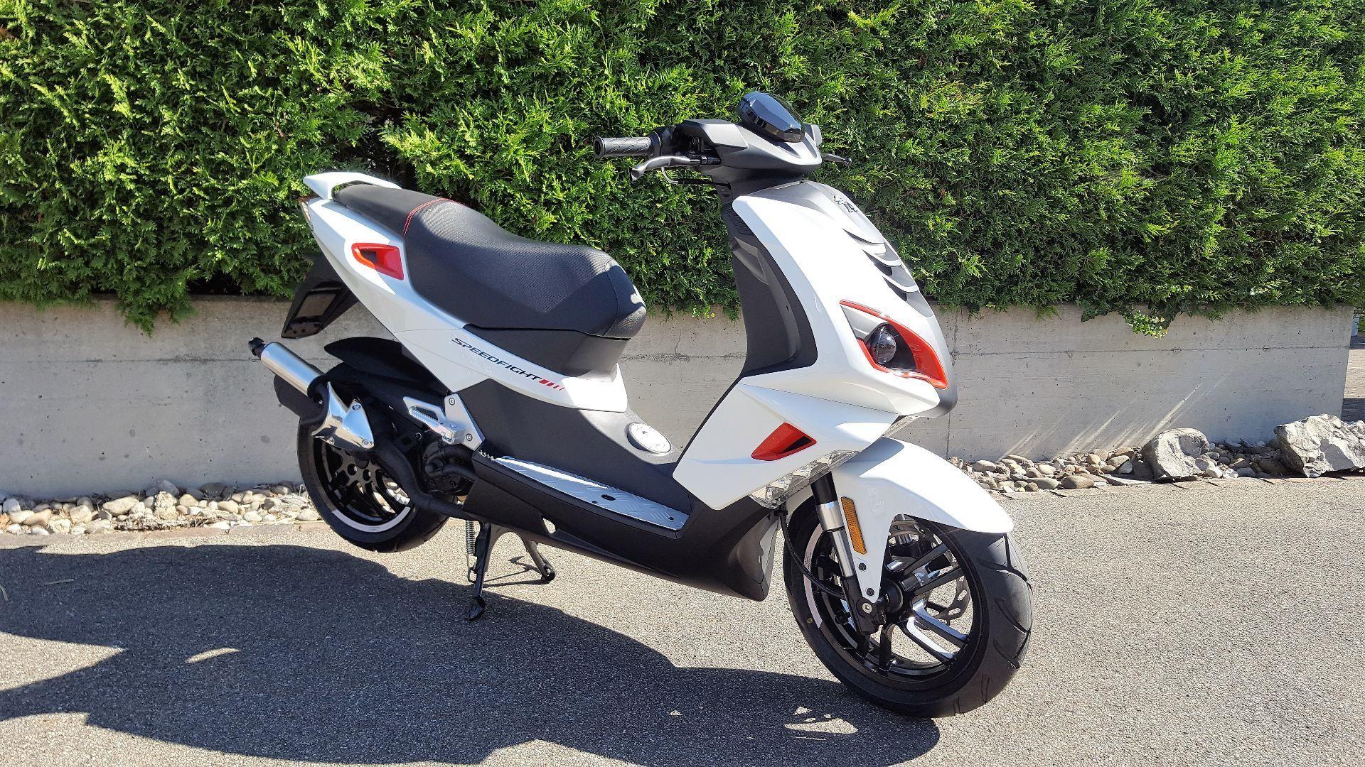 moto neuve acheter peugeot speedfight 4 50 il moto west waltenschwil. Black Bedroom Furniture Sets. Home Design Ideas
