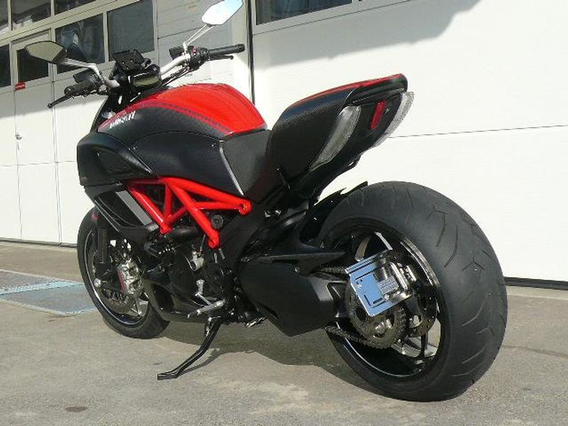 motorrad occasion kaufen ducati 1198 diavel carbon abs red motoria gmbh wohlen. Black Bedroom Furniture Sets. Home Design Ideas