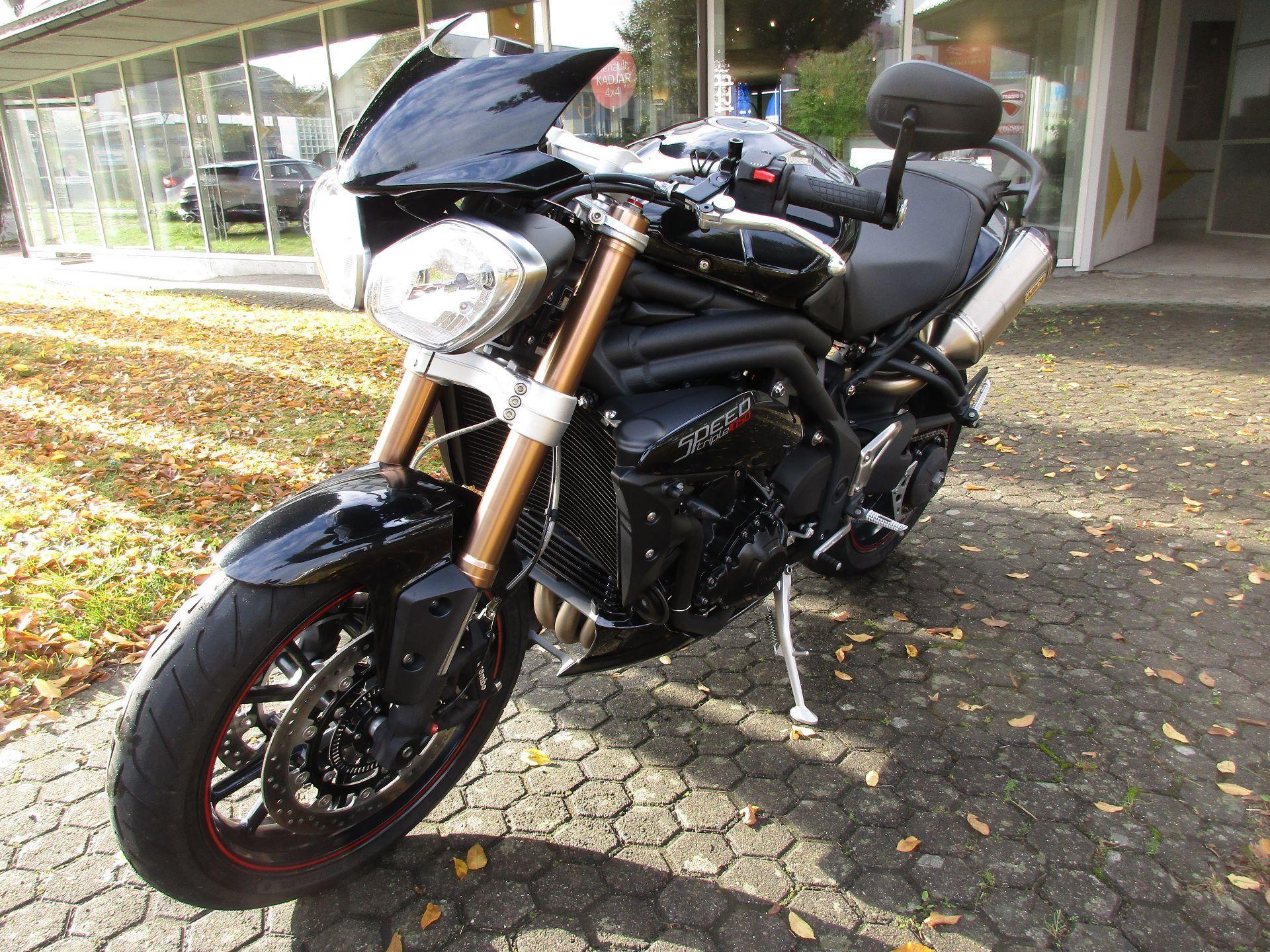 motorrad occasion kaufen triumph speed triple 1050 abs motoria gmbh wohlen. Black Bedroom Furniture Sets. Home Design Ideas