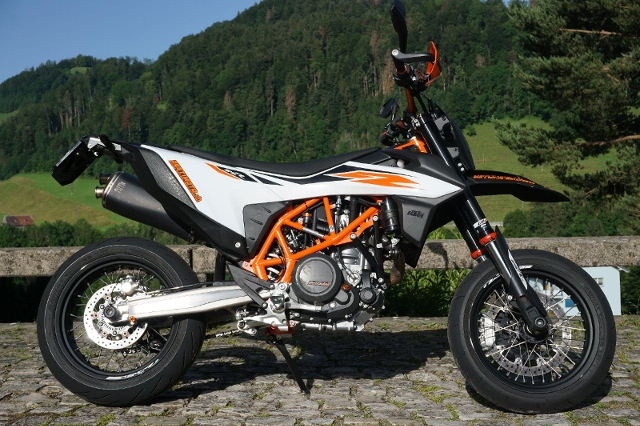 Motorrad kaufen KTM 690 SMC R Supermoto Occasion