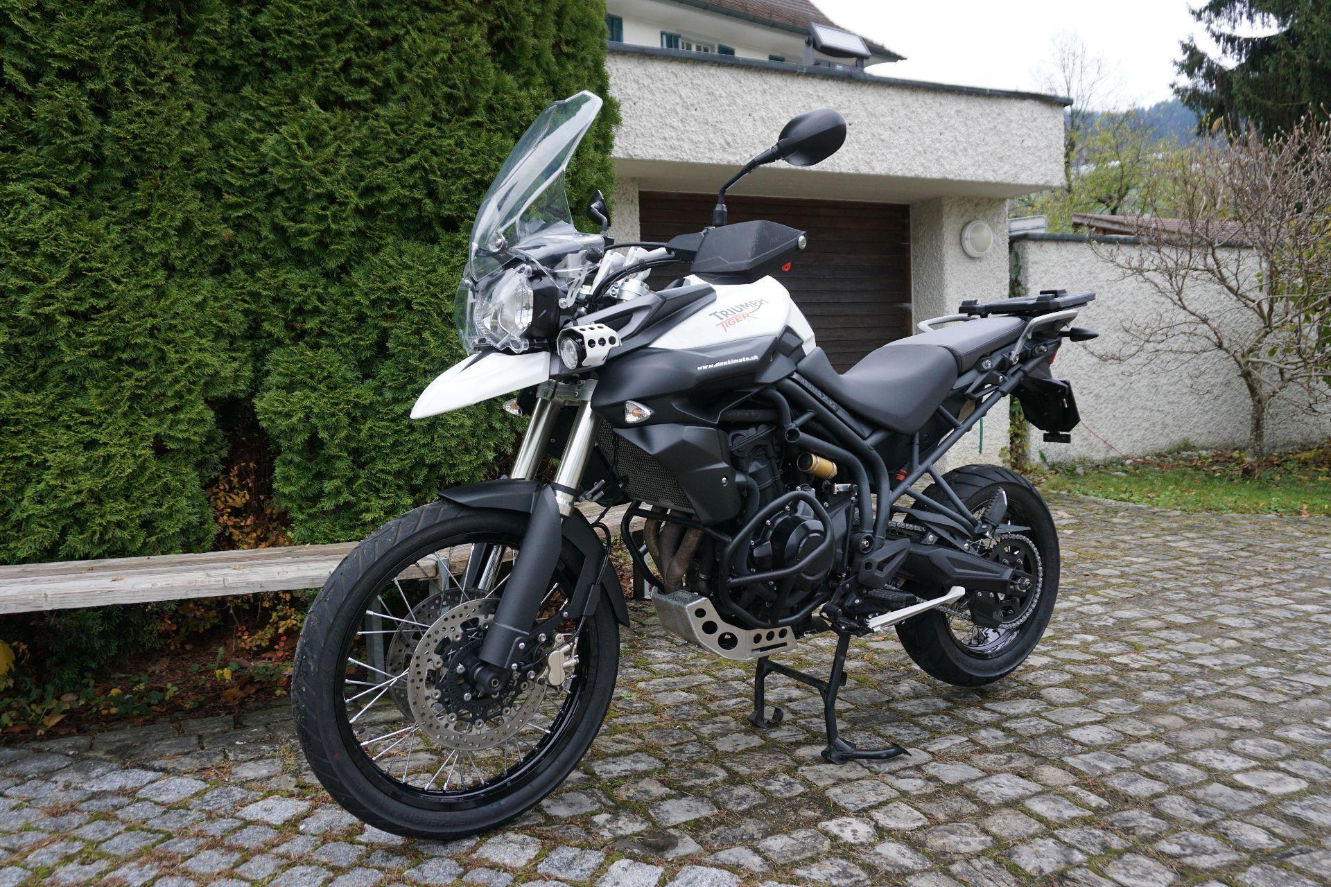motorrad occasion kaufen triumph tiger 800 xc abs destimoto lichtensteig. Black Bedroom Furniture Sets. Home Design Ideas