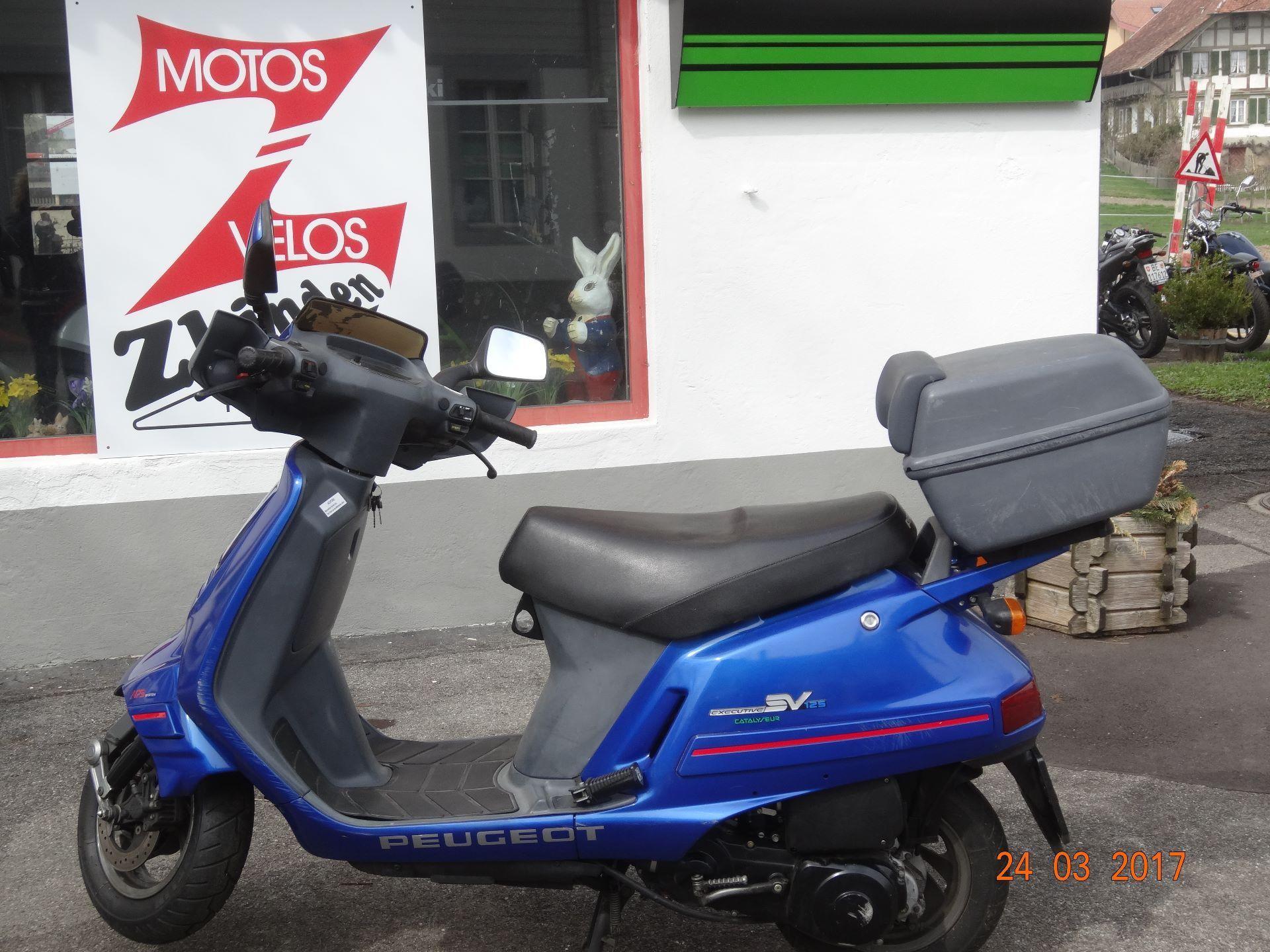 moto occasions acheter peugeot sv 125 c a i zbinden. Black Bedroom Furniture Sets. Home Design Ideas