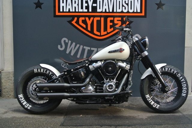 Motorrad kaufen HARLEY-DAVIDSON FLSL 1745 Softail Slim 107 Neufahrzeug