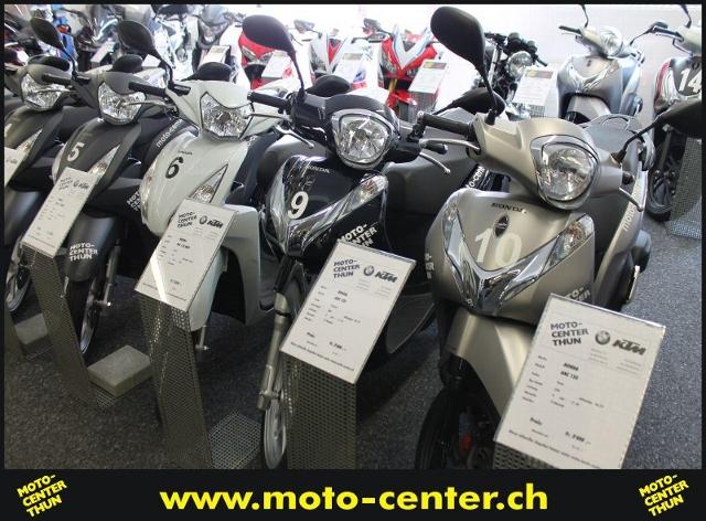 Motorrad kaufen HONDA ANC 125 Eventroller Nr. 10 Occasion