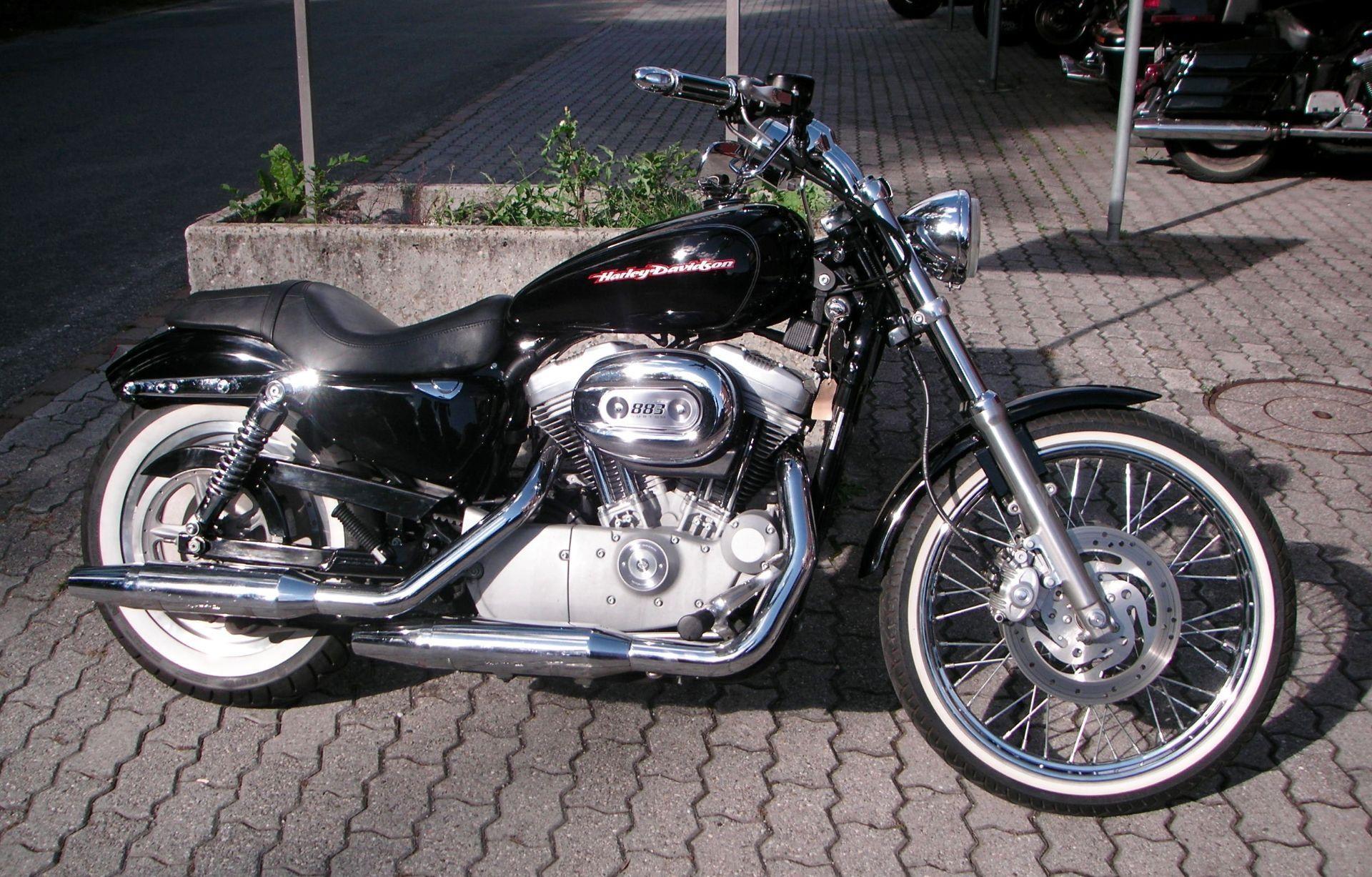 motorrad occasion kaufen harley davidson xlh 883 53c sportster grischa motorcycles gmbh trimmis. Black Bedroom Furniture Sets. Home Design Ideas