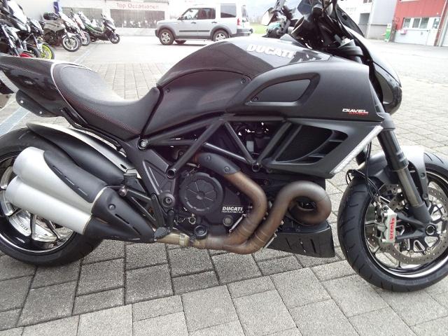 Motorrad kaufen DUCATI 1198 Diavel Carbon ABS Occasion