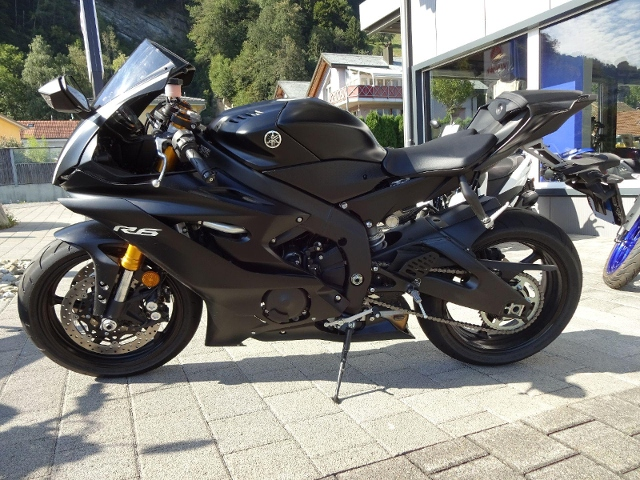 Motorrad kaufen YAMAHA YZF-R6 Vorführmodell