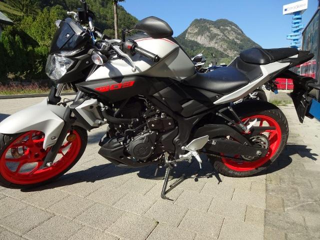 Motorrad kaufen YAMAHA MT 03 Vorführmodell