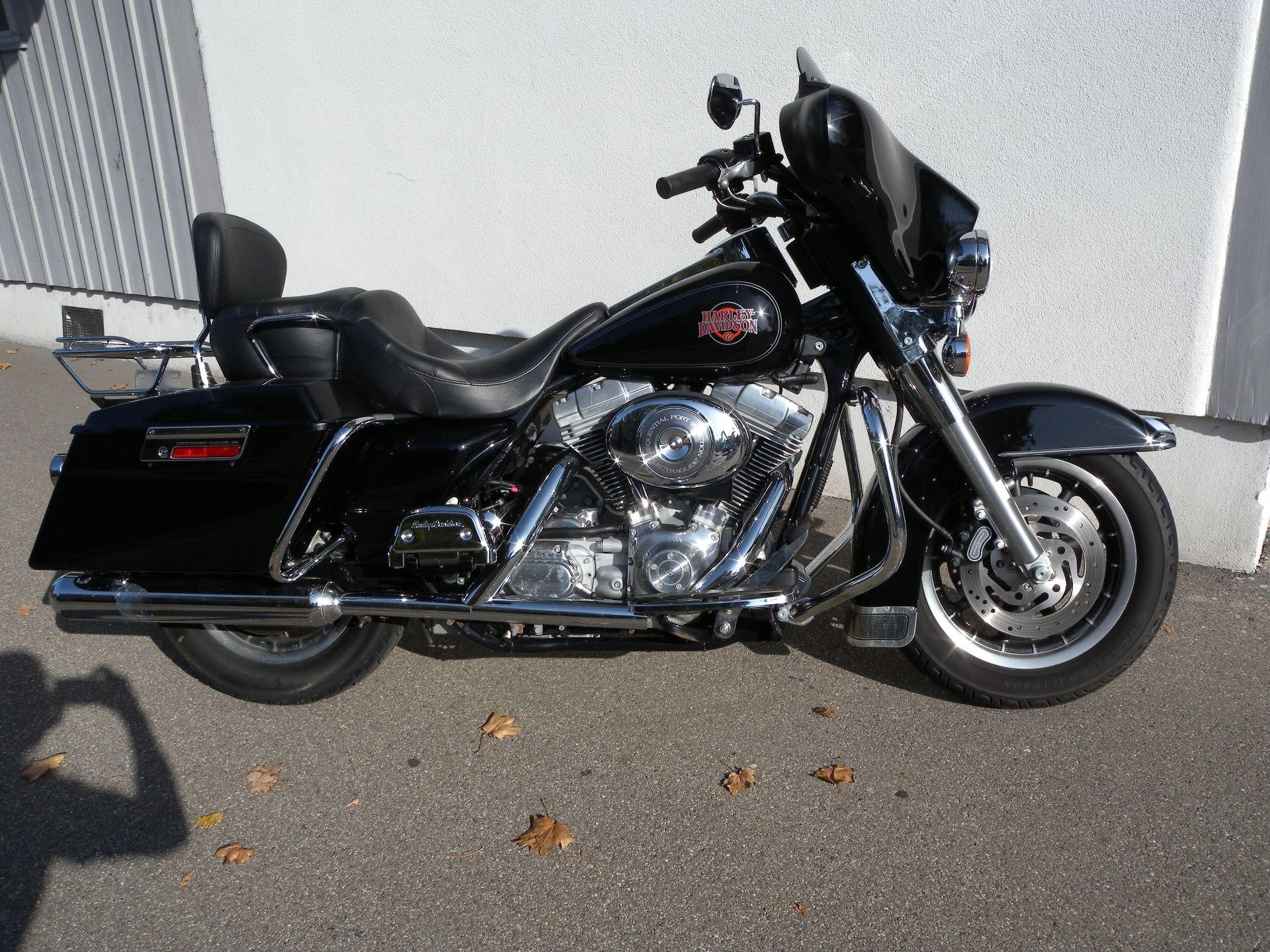 motorrad occasion kaufen harley davidson flhti 1450 electra glide tomotos frauenfeld. Black Bedroom Furniture Sets. Home Design Ideas