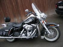 Motorrad Mieten & Roller Mieten HARLEY-DAVIDSON FLHRC 1584 Road King Classic ABS (Touring)
