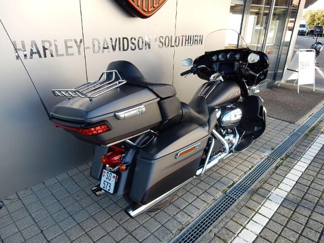 Motorrad kaufen HARLEY-DAVIDSON FLHTK 1868 Electra Glide Ultra Limited Occasion