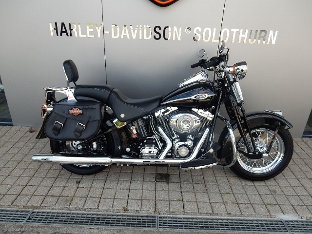 Motorrad kaufen HARLEY-DAVIDSON FLSTSC 1584 Softail Heritage Springer Classic Occasion