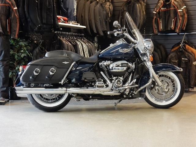 Motorrad kaufen HARLEY-DAVIDSON FLHRC 1745 Road King Classic ABS Neufahrzeug