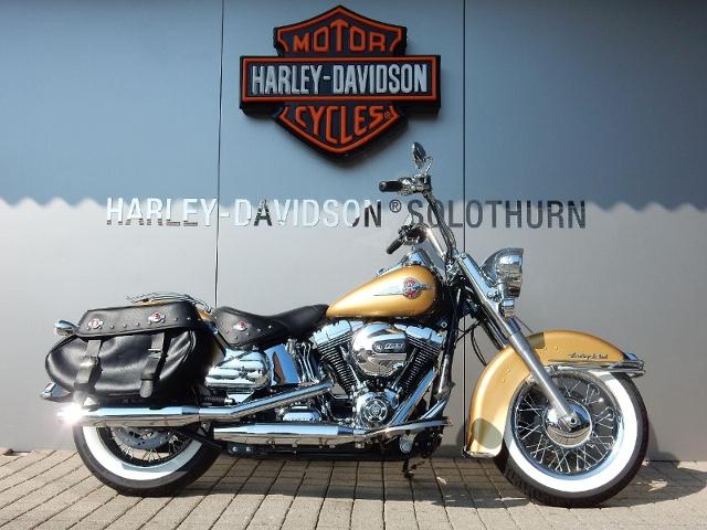 Motorrad kaufen HARLEY-DAVIDSON FLSTC 1690 Softail Heritage Classic ABS Occasion