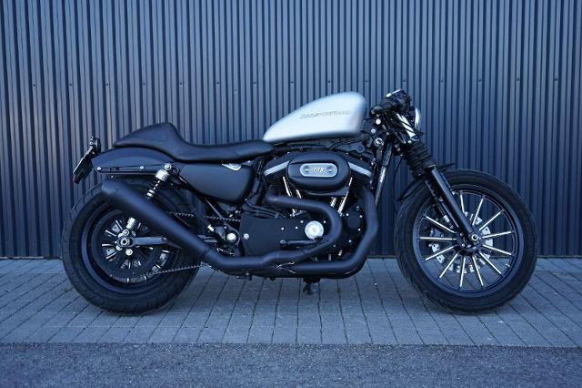 Motorrad kaufen HARLEY-DAVIDSON XL 883 N Iron Occasion
