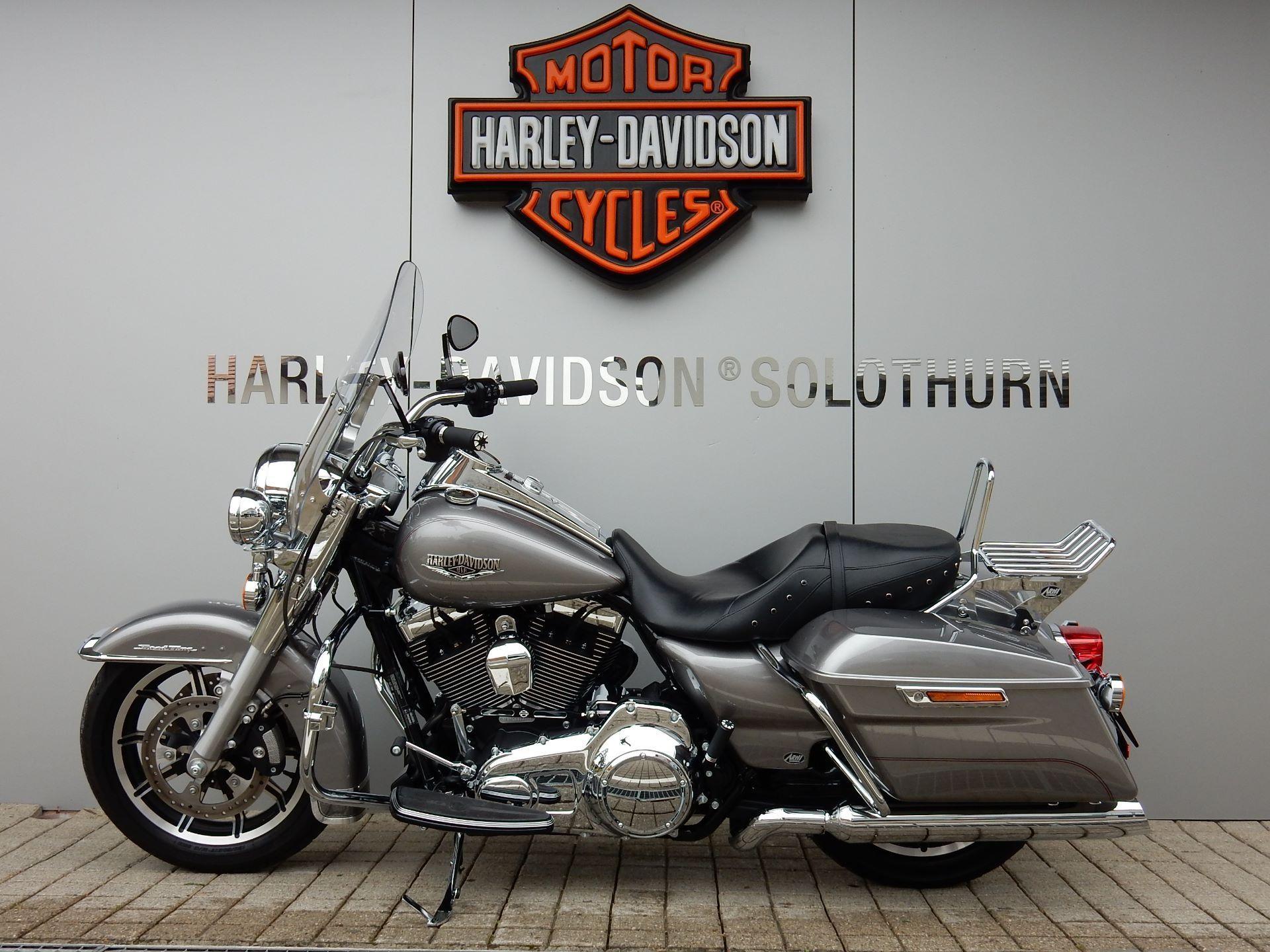 moto occasions acheter harley davidson flhr 1690 road king abs arni harley davidson hessigkofen. Black Bedroom Furniture Sets. Home Design Ideas