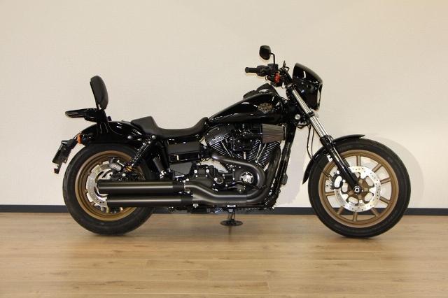 Motorrad kaufen HARLEY-DAVIDSON FXDLS 1801 Dyna Low Rider S Ref.2900 Occasion