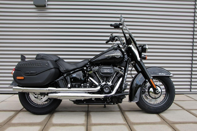 Acheter une moto HARLEY-DAVIDSON FLHCS 1868 Heritage Classic 114 Ref. 3025 Occasions