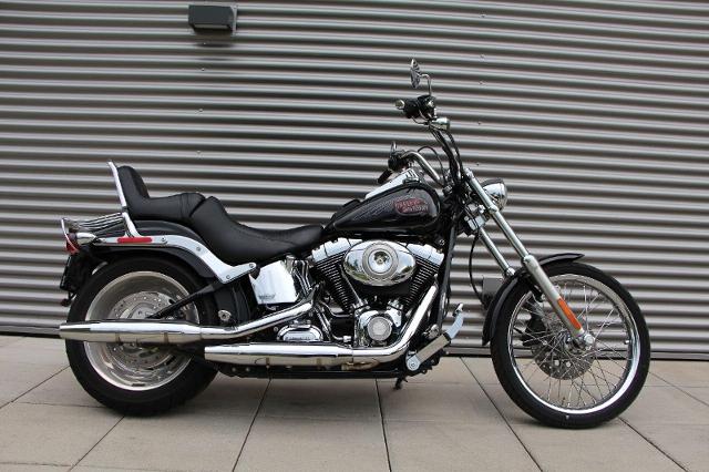 Motorrad kaufen HARLEY-DAVIDSON FXSTC 1584 Softail Custom Ref. 4122 Occasion