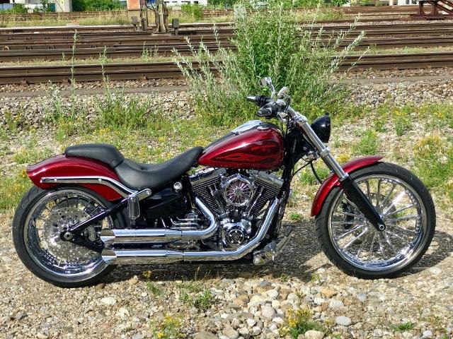 Motorrad kaufen HARLEY-DAVIDSON FXSB 1690 Softail Breakout ABS Ref. 4670 Occasion