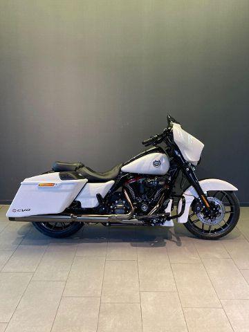 Motorrad kaufen HARLEY-DAVIDSON FLHXSE 1923 CVO Street Glide 117 Ref. 5317 Neufahrzeug