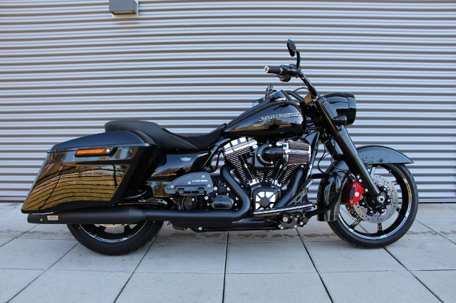 Motorrad kaufen HARLEY-DAVIDSON FLHRC 1690 Road King Classic ABS Ref. 4044 Occasion