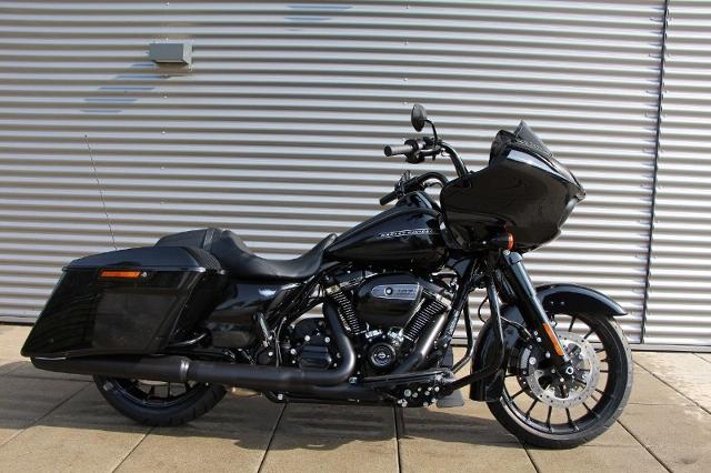 Motorrad kaufen HARLEY-DAVIDSON FLTRXS 1745 Road Glide Special ABS Ref. 7427 Neufahrzeug