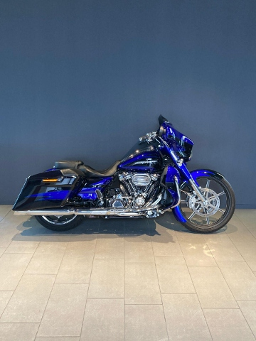 Motorrad kaufen HARLEY-DAVIDSON FLHXSE CVO 1868 Street Glide ABS Ref. 4016 Occasion