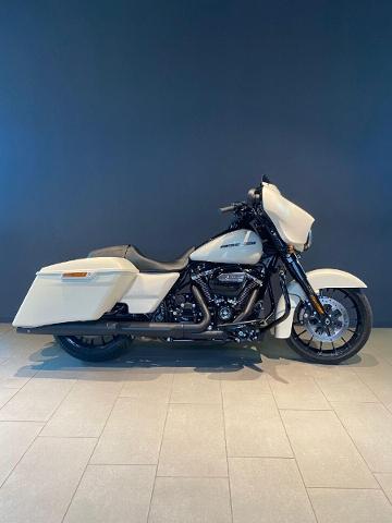 Motorrad kaufen HARLEY-DAVIDSON FLHXS 1745 Street Glide Special ABS Ref. 9167 Occasion