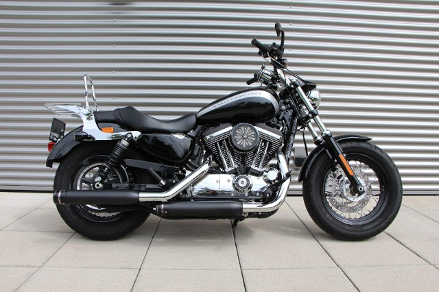 Motorrad kaufen HARLEY-DAVIDSON XL 1200 C Sportster Custom Ref: 0484 Occasion
