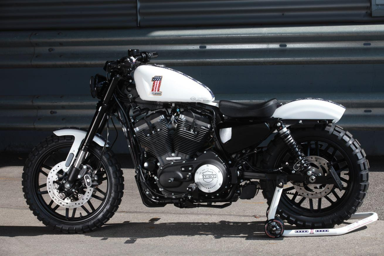 moto neuve acheter harley davidson xl 1200cx sportster roadster ref 2472 harley heaven b chli. Black Bedroom Furniture Sets. Home Design Ideas