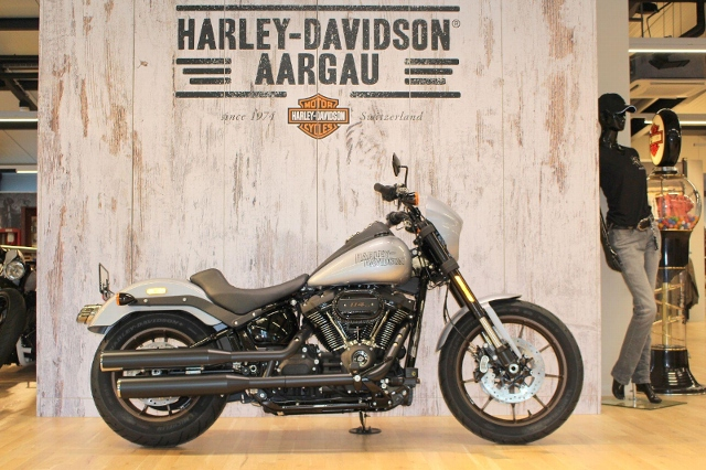 Motorrad kaufen HARLEY-DAVIDSON FXLRS 1868 Low Rider 114 Neufahrzeug