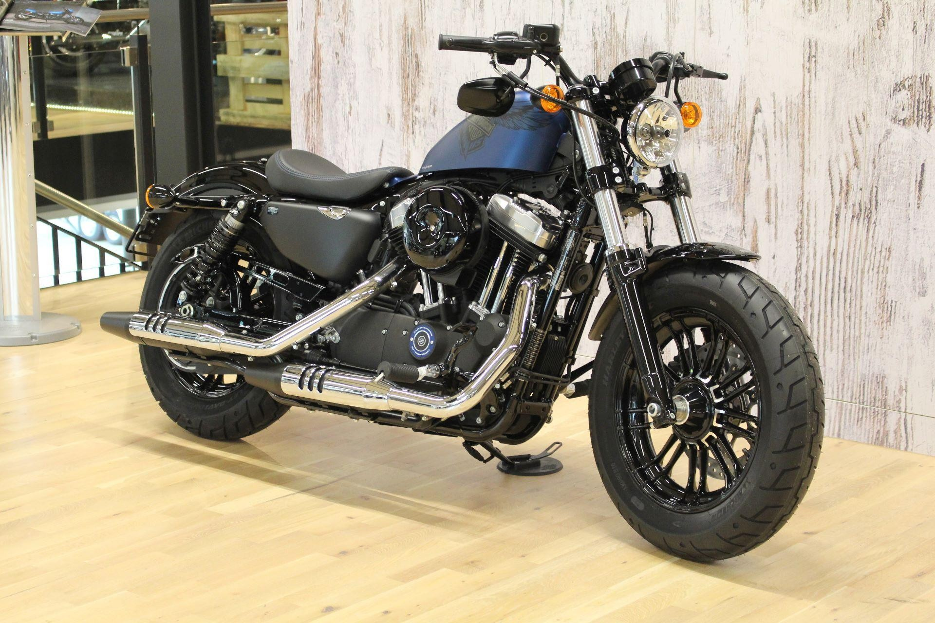 harley davidson xl 1200 x sportster forty eight anniversary sonder model 2018 115 years. Black Bedroom Furniture Sets. Home Design Ideas