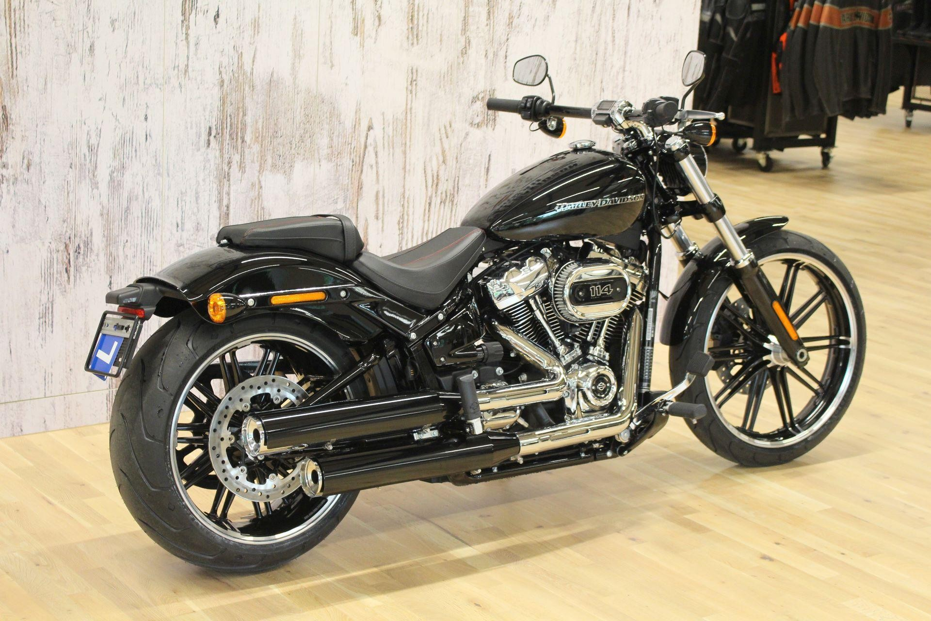 HARLEY-DAVIDSON FXBRS 1868 BREAKOUT 114 Model 2018 Harley ...