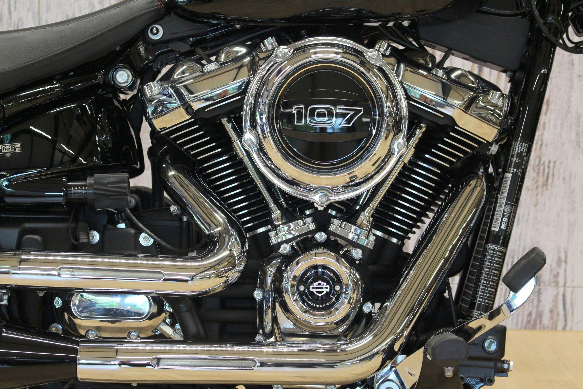 HARLEY-DAVIDSON FXBR 1745 Breakout 107 Model 2018 Harley ...