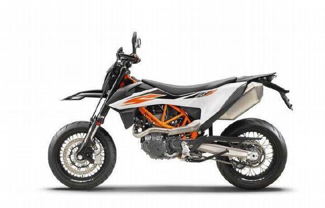 Motorrad kaufen KTM 690 SMC R Supermoto ABS 25kW Vorführmodell
